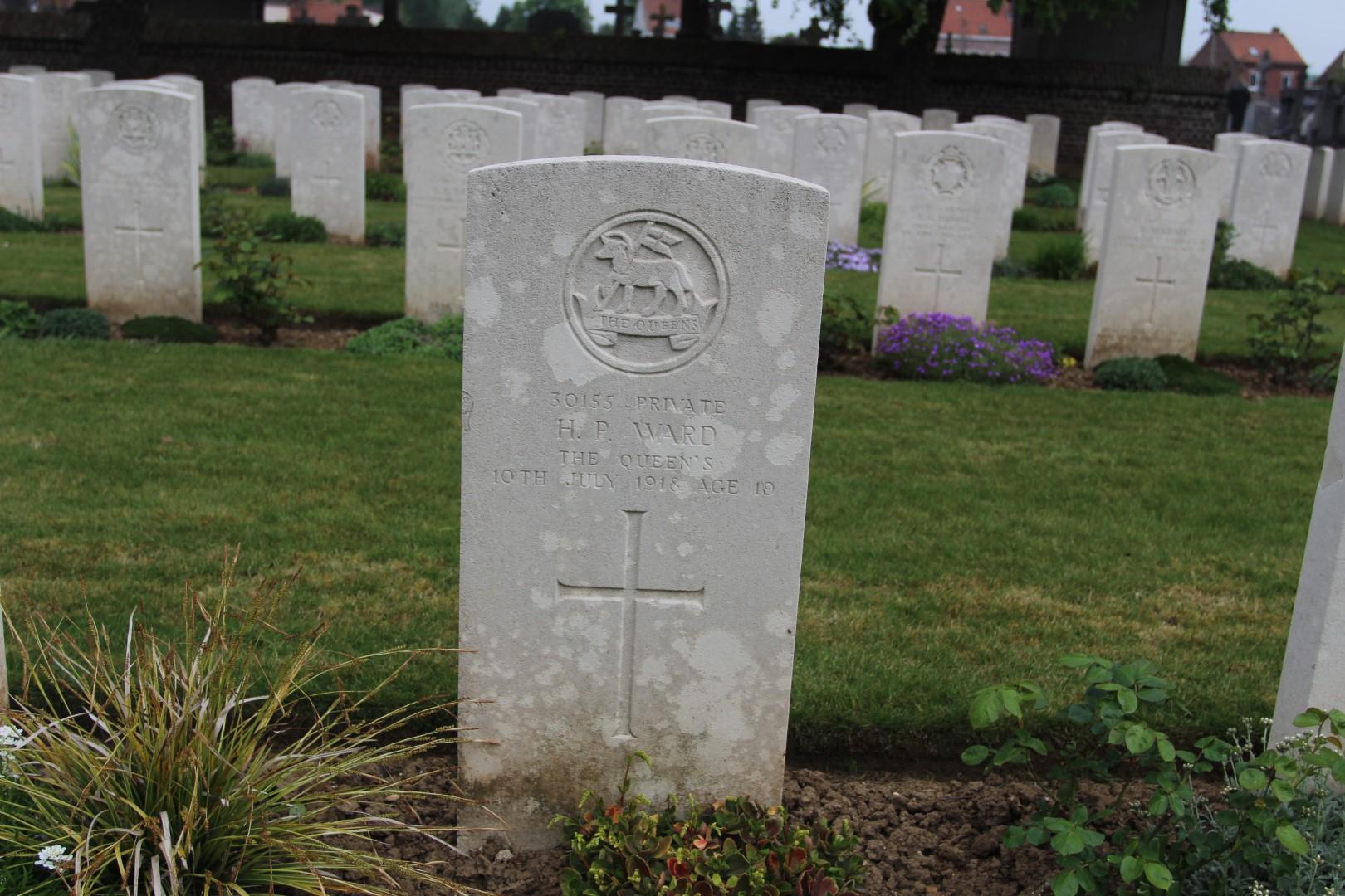 Harold Percy Ward's gravestone