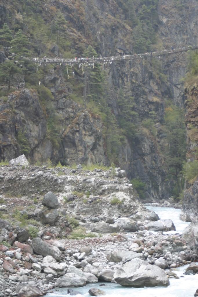 High suspension bridge