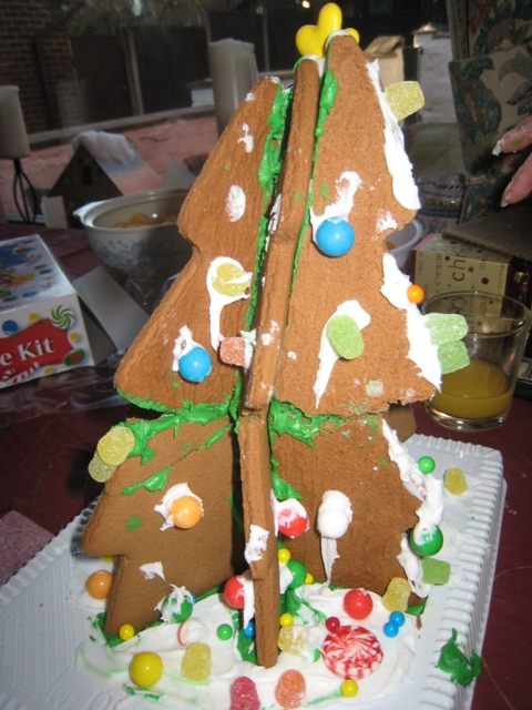The gingerbread Christmas Tree - any more decorations would have brought it crashing down!