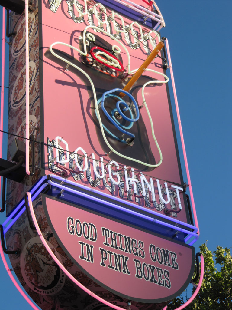 Voodoo doughnuts - good things come in pink boxes