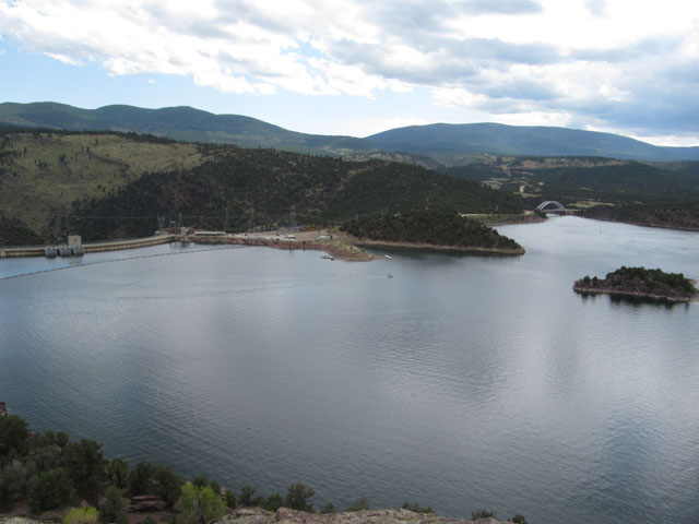 Flaming Gorge dam and reservoir