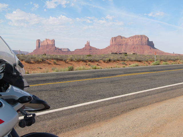 At the roadside, en-route to Monument Valley