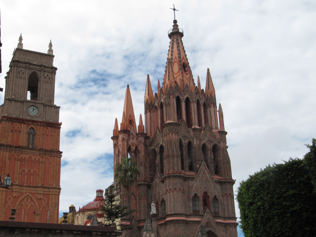 The 2 churches in the square in San Miguel de Allende