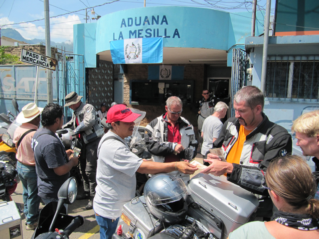 Money changing at the chaotic Guatamala border...