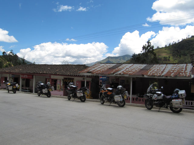 Roadside lunch stop, Ecuadorian Andes...